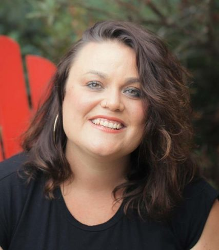 Natalie Darves